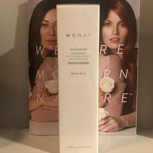 New Be Balanced Monat Foamy Cleanser